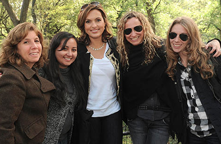 "Alison Grand, Laura Liebeck, Jaymie Presberg and Rachel Tringali of Grand Communications work and ""play"" with Emmy-winning Actor and mom, Mariska Hargitay at the Ultimate Block Party in Central Park, presented by Play for Tomorrow"
